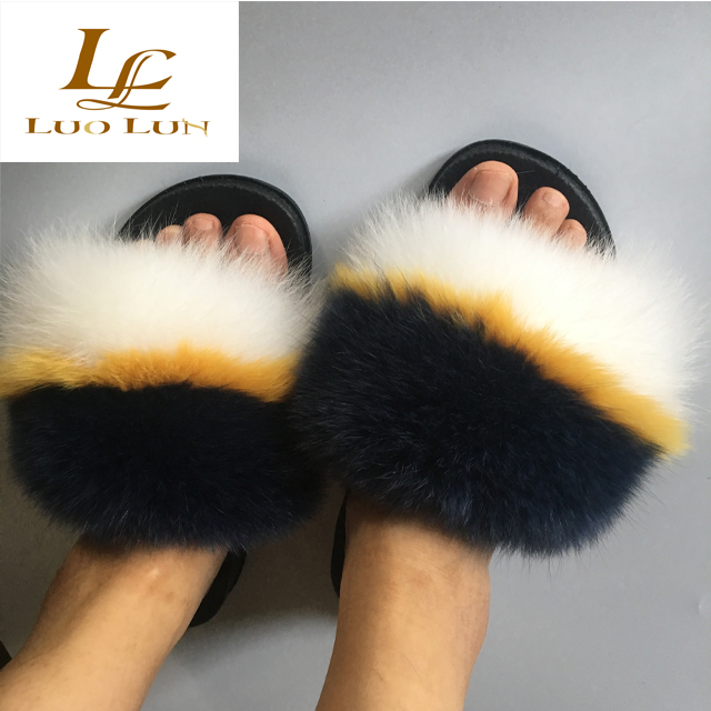 Wholesale Colorful Flip Flops Slippers Rubber  Real Fur Slippers Slides  fox fur slides raccoon fur slippers slides