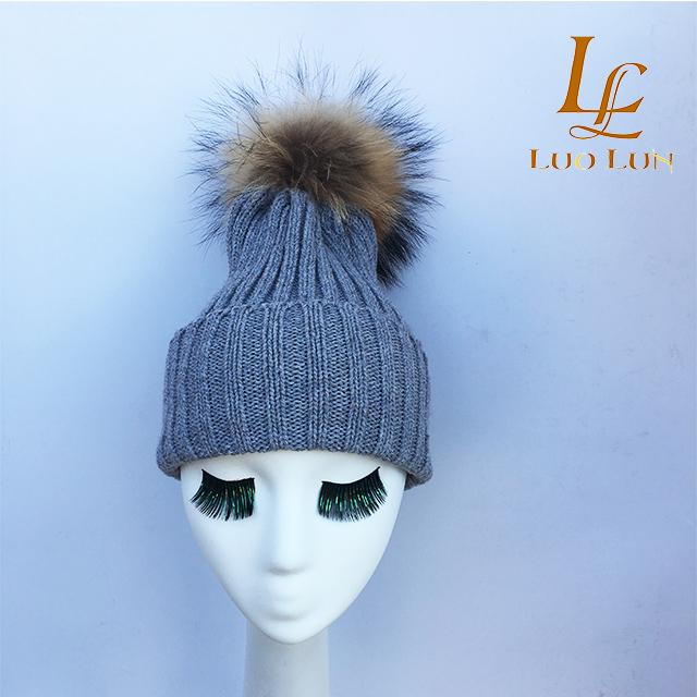 a58cedd66ba8 Wool Knitted hat with big raccoon fur ball on the top,raccoon ball ...